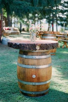 rustic cocktail tables Photography by You Look Nice Today Photography / youlooknicetodayphotography.com