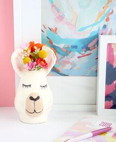 Make your own llama vase!