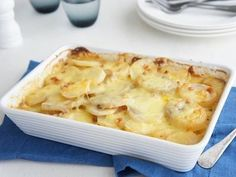 free recipes created and shared by Australian home cooks. Be the best cook with how to guides, cooking tips and menu plans. Creamy Potato Bake, Easy Baked Potato, Bacon Potato, Sweet Potato Pasta, Potato Dishes, Potato Recipes, Savoury Recipes, Savoury Dishes, Best Potato Bake Recipe