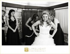 Limelight Photography, www.stepintothelimelight.com, Weddings, Grace Lutheran Church, St. Petersburg, Florida, Bride, Bridesmaids, Black and White, Wedding Dress, Pre Ceremony, Getting Ready