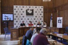 Xavi Rovira (director de liquiDocs), Josu Mirena Ruiz (concejal de Deporte y Desarrollo Económico), Ion Estala (director de comunicación de Noventa Grados) y Noemí Viana (Anakrusa) en la rueda de prensa de Dantza Edit en el Ayuntamiento de San Sebastián (7/7/2014). Fotografía de Dayana Zaldua. http://www.dantzaedit.liquidmaps.org