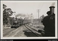 Locomotive 3250 hauling train to Richmond at Mulgrave, October 1940 [picture]