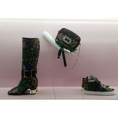 The shape of shoes to come @rogervivier by @brunofrisoni 2017-18 collection via @kullawit  via VOGUE THAILAND MAGAZINE OFFICIAL INSTAGRAM - Fashion Campaigns  Haute Couture  Advertising  Editorial Photography  Magazine Cover Designs  Supermodels  Runway Models