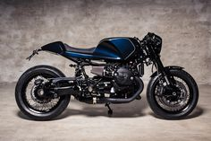 Can't see what you like among the five R nineT models offered by BMW? Take inspiration from this sleek cafe racer from Urban Motor of Berlin.