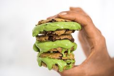 Pinterest pals, use PINTEREST discount code at the checkout for 15% off your matcha 💚 // We turn the average vanilla ice cream and choc chip cookie into the most delicious matcha ice-cream sandwich! Simply mix in matcha into your vanilla ice cream and freeze. Bake your cookies and wedge the super frozen green ice cream in between! VOILA!