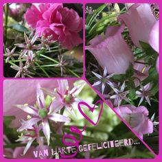 Van harte gefeliciteerd kaart roze bloemen