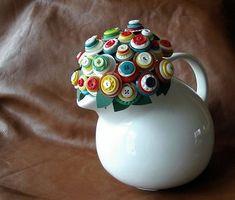 Vintage Button Bouquet via Average Jane Crafter