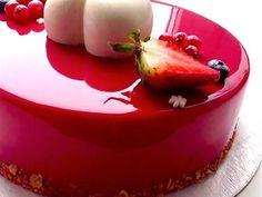 How To Mirror Glaze a Cake - YouTube