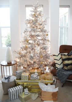 Gorgeous Holiday Tree and Decor in Neutrals with Glam for My Modern Holiday Home | The Design Confidential