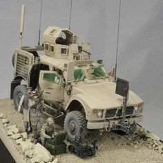 OSHKOSH Defense MRAP All-Terrain Vehicle 1/35 Scale Model