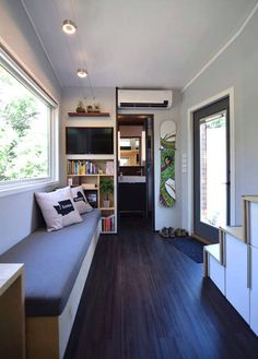 The very small house is the most recent phenomenon in our housing culture. For instance, if you wish to construct a small house on wheels, you might tell them you're considering building a ho… Modern Tiny House, Tiny House Plans, Tiny House Design, Tiny House On Wheels, Tiny Living, Living Spaces, Living Room, Casas Containers, Shed Homes