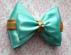 This bow is inspired by Disneys Princess Jasmine.
