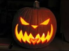 53 Genius Scary Pumpkin Decorating Ideas to Try This Halloween - Thanksgiving Decorations Diy Pumpkin Carving Contest, Pumkin Carving, Amazing Pumpkin Carving, Pumpkin Carving Patterns, Scary Pumpkin, Pumpkin Art, Pumpkin Faces, Pumpkin Ideas, Evil Pumpkin