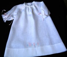 Embroidered Raglan Daygowns Kit-Lawn