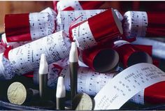 Have a musical band for 8 with musical crackers.  With 8 numbered player badges & flutes, musical sheets and a special conductor's baton, it's all you need to have great holiday fun at the table!