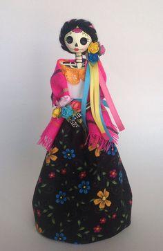 Paper mache mexican catrina doll. por LaCasaRoja en Etsy