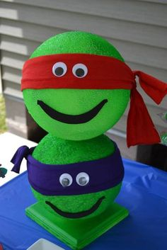 TMNT made from styrofoam balls (reusable for another TMNT party?); super cute favor ideas