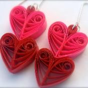 Quilled Paper Earrings - 'Heart Throb' - via @Craftsy