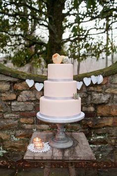 peachy cake from maxie b's.   photo: kellie kano, styling: elissa keno