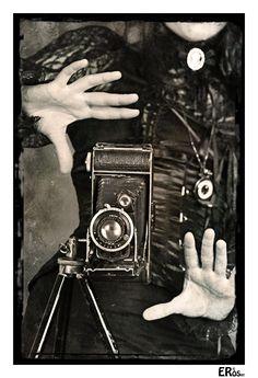 Steampunk : la photographe by Eric Rosier, via 500px