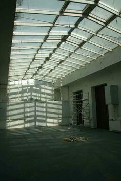 Das Wunder kann beginnen! Blinds, Roots, Curtains, Home Decor, Jalousies, Blind, Interior Design, Draping, Home Interior Design