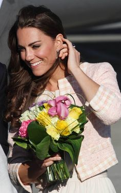 Prince William and Kate Middleton arriving at Charlottetown Airport in Prince Edward Island. - prince-william-and-kate-middleton Photo