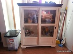 A chest for the #dogs stuff :)   ...........click here to find out more     http://googydog.com.....definitely need one in my house