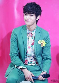 myungsoo (L) Infinite (shut up flower boy band) L Infinite, Asian Actors, Korean Actors, Korean Dramas, K Pop, Kim Myungsoo, K Drama, Hot Korean Guys, Woollim Entertainment