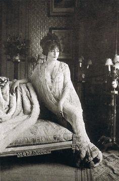 finethankyouandyou: The actress Lantelme in Madeleine Vionnet's déshabillé, designed in 1907 at Maison Doucet.