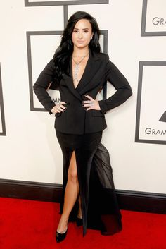 Demi Lovato Brings Serious Edge to the Grammys Red Carpet in All Black