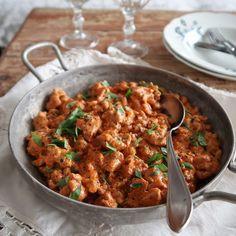 Lyonin kanaa Rouva Ässän tapaan Lyon, Curry, Ethnic Recipes, Curries