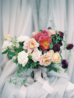 Photography: http://winsomeandwright.com | Floral design: http://www.silohfloral.com/ | Read More: https://www.stylemepretty.com/vault/image/5379423