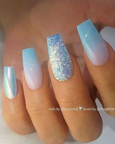 TheGlitterNail Be inspired! on ins . TheGlitterNail Be inspired! on Light blue ombre, chrome effect and glitter on coffin nails Nail Artist: tonysnail Blue Ombre Nails, Coffin Nails Ombre, Light Blue Nails, Blue Acrylic Nails, Light Ombre, Blue Nails With Glitter, Nail Art Blue, Light Blue Nail Designs, Baby Blue Nails