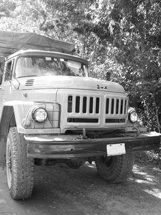 Antique Cars, Black And White, Antiques, Monochrome, Vintage Cars, Black White, Blanco Y Negro, Antiquities, Antique