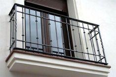 Balcones en San Vicente del Raspeig, Alicante y provincia. Balcones de hierro, balcones de forja, balcones de seguridad, balcones metálicos, balcón de hierro.