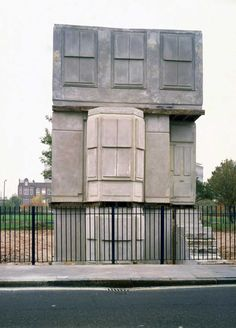 Ghost House: 20 years since Rachel Whiteread's 'House' | Apollo Magazine