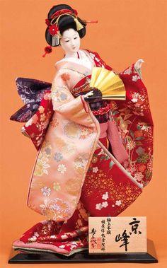 日本人形。 Hina Dolls, Kokeshi Dolls, Barbie Dolls, Art Dolls, Japanese Geisha, Japanese Kimono, Vintage Japanese, Antique Dolls, Vintage Dolls