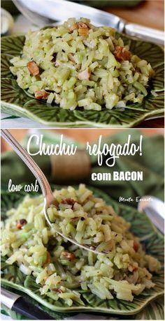 Chuchu refogado com bacon, levemente apimentado e repleto de sabor. Boa sugestão para quem está fazendo uma dieta LOW CARB, com baixo carboidrato ou para quem está procurando receitas para variar o legume do dia a dia. #chuchu #chuchurefogado #lowcarb #baixocarboidrato #semcarbo #chuchucombacon #chuchurefogadocombacon #montaencanta