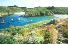 Criques à Sauzon | Tons of small isolated beaches | Belle-Ile en mer - Bretagne - France