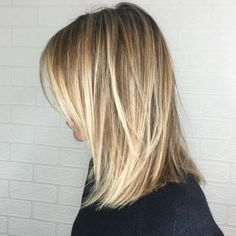 60 Cool Short Hairstyles New Short Hair Trends Women, 60 Cool Short Hairstyles New Short Hair Trends Women. 60 Cool Short Hairstyles New Short Hair Trends Women. Cool Short Hairstyles, Mom Hairstyles, Medium Hair Styles, Curly Hair Styles, Natural Hair Styles, Harry Styles Hair, Hair Evolution, Short Hair Trends, Giuliana Rancic