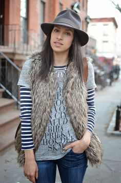 How about pairing your #Sevenly graphic tee with faux fur and a hat? Yay or nay??