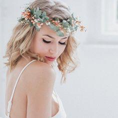 Gallery with wedding ideas - Kommunion - Haar Flower Girl Hairstyles, Boho Hairstyles, Wedding Hairstyles, Bridal Hairstyle, Wedding Ideas 2018, Diy Wedding, Wedding Bouquets, Wedding Flowers, Baby Gallery