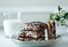 Healthy Chocolate Rice Crispy Bars recipe