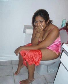 Pissing nude girl Indian
