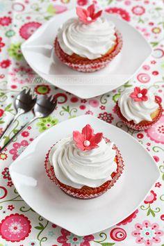 Flower cupcakes by kupenska.deviantart.com on @deviantART