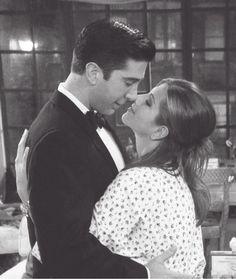 sinopsis γάμος δεν dating σκηνή φιλί