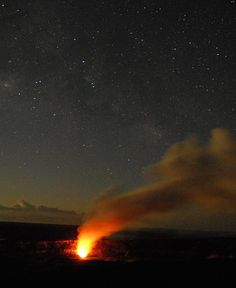 The very best things to see and do on the Big Island of Hawaii including Volcano National Park.