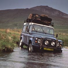 This vehicle revolutionized the #LandRover family. Do you know which one it is? #Padgram