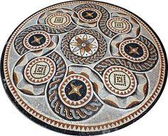 MOSAICO ROMANO REF. CGEO005 Rosetón de 200cm de diámetro para colocar en el suelo. Hecho con teselas de mármol. Ideal para colocar en el centro del suelo de un salón, pasillo o patio.