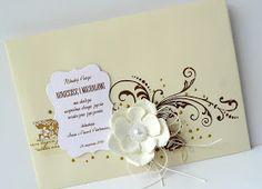 Coś z przeznaczeniem na wiadomy i chyba najbardziej pożądany przez Młode Pary prezent ślubny - zwykłe koperty z małym kwiatkiem.            ...